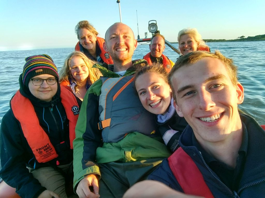 A pleasure trip to the sandbank on Lowestoft Diver